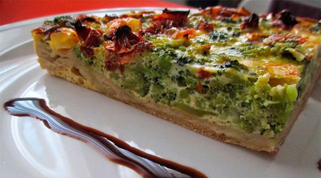 Quiche de brócoli y queso