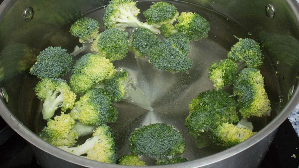 Brócoli con limón y ajo
