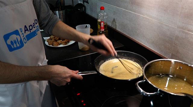 Albóndigas en salsa