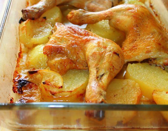 Muslos de pollo con patatas al horno