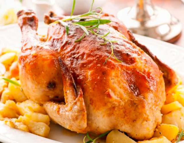 Pollo relleno al horno