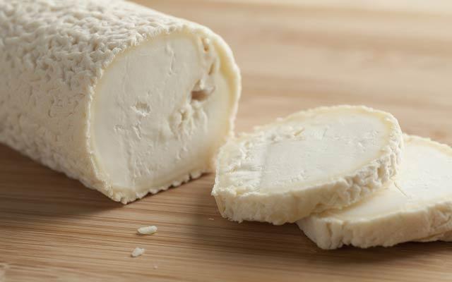 Pinchos de solomillo y queso de cabra