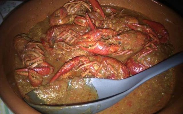Cangrejos de mar en salsa