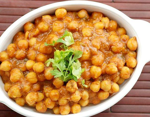 Garbanzos al curry