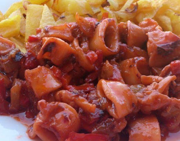 Puntillas de calamar en salsa