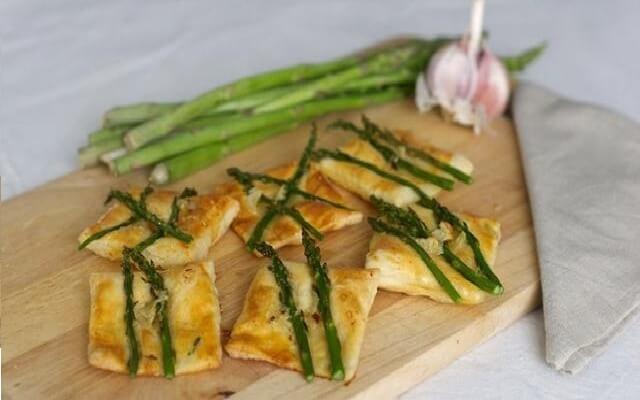 Tartaleta picante con espárragos