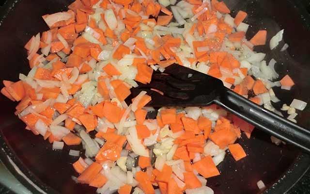 Calabacín relleno con carne