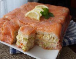 Salmón ahumado con pan de molde