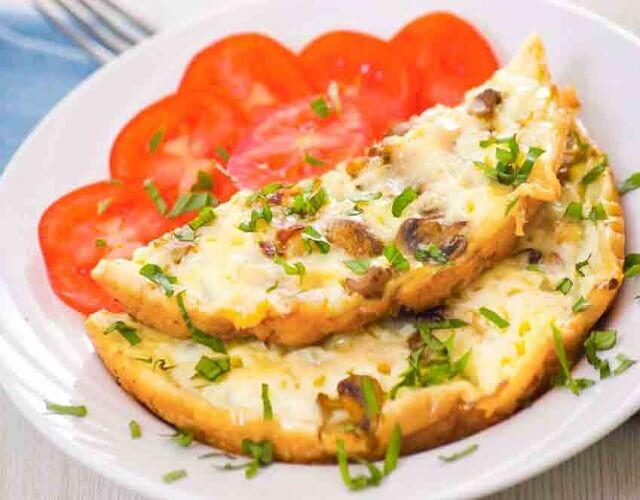Tortilla de claras de huevo para desayunar