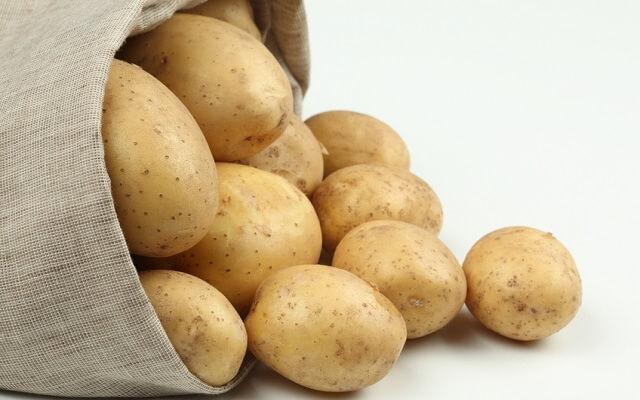 Patatas guisadas con sepia