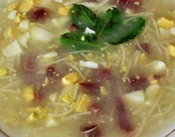Sopa de picadillo tradicional