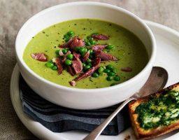 Sopa de guisantes y jamón