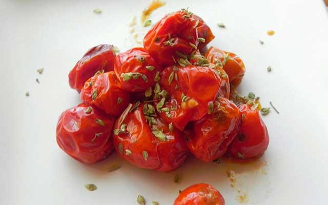 Tomates cherry al horno