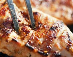Pollo asado en salsa Yakisoba