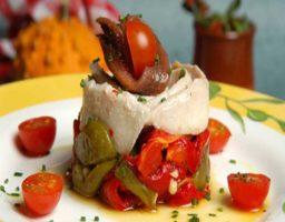 Ensalada de anchoas y pimientos asados