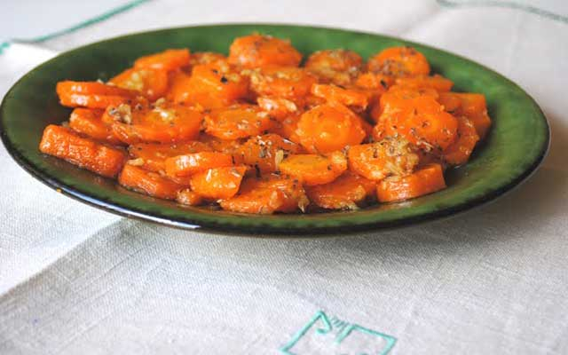 Zanahorias aliñadas