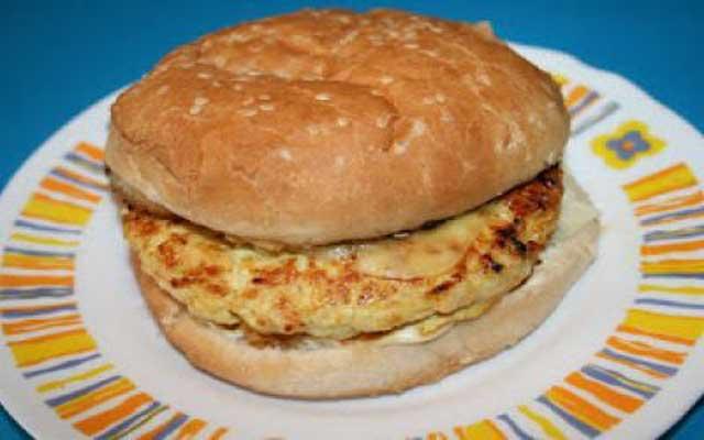 Hamburguesa de pollo y remolacha