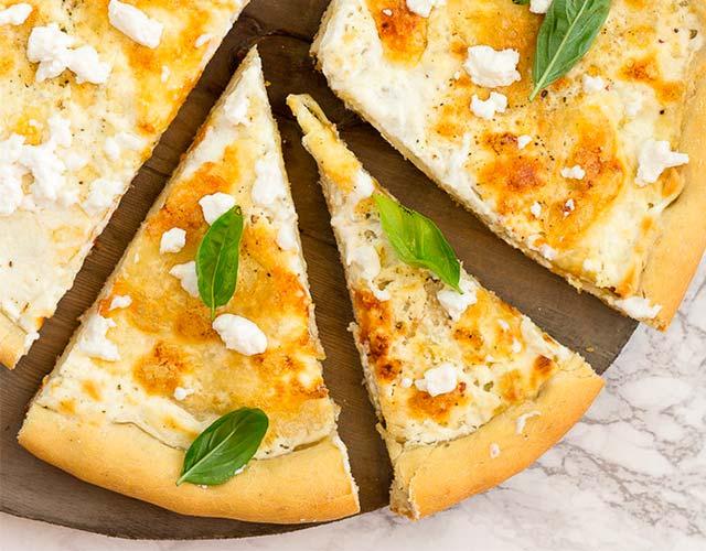 Pizza blanca sencilla