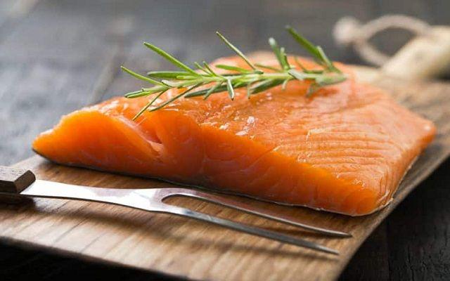 Lasaña de salmón ahumado
