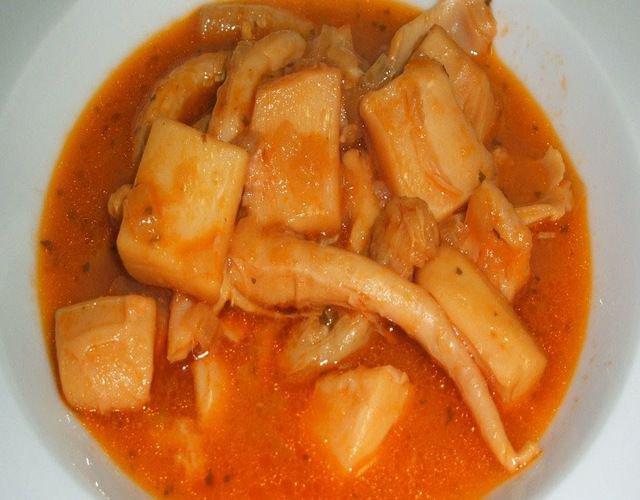 Sepia en salsa americana
