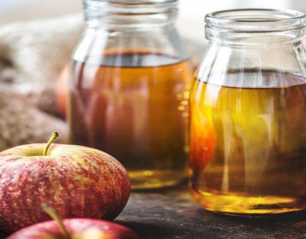 Zumo de manzana natural