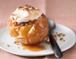 Manzana al horno con merengue