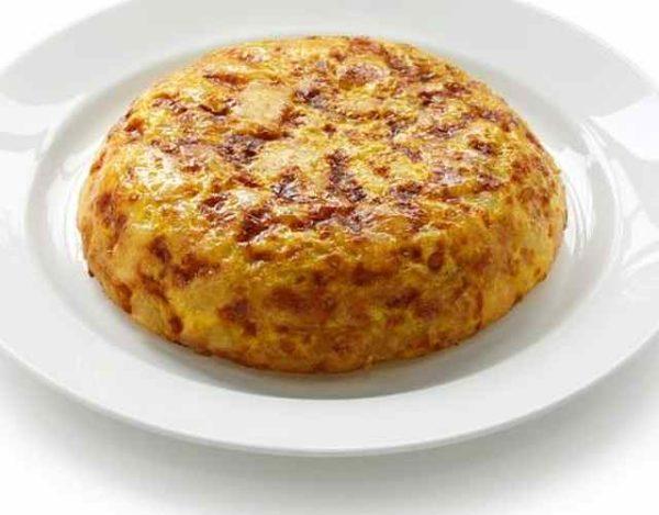 Tortilla de patata con huevos codorniz