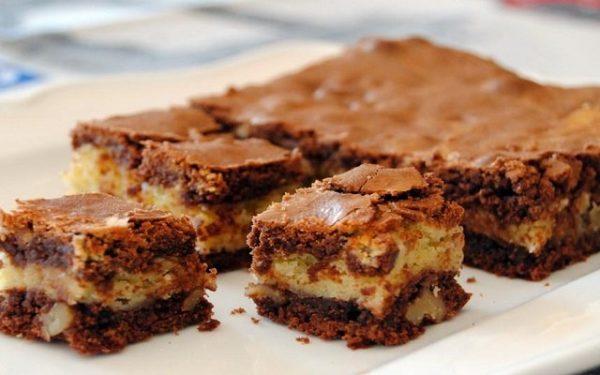 Brownie de dos chocolates