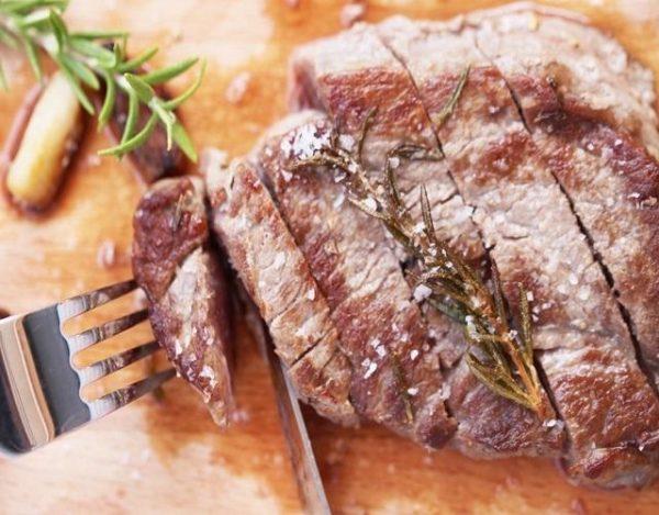 Carne asada con romero