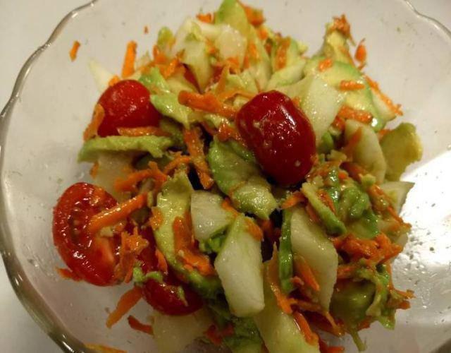 Receta de Ensalada de manzana y tomate