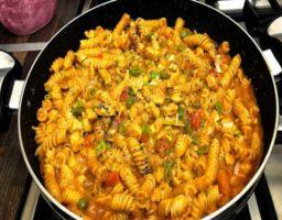 Macarrones con Pollo al Curry
