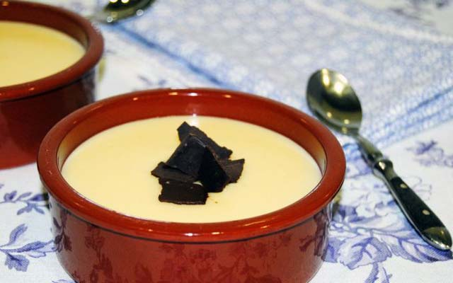 Natillas de chocolate blanco