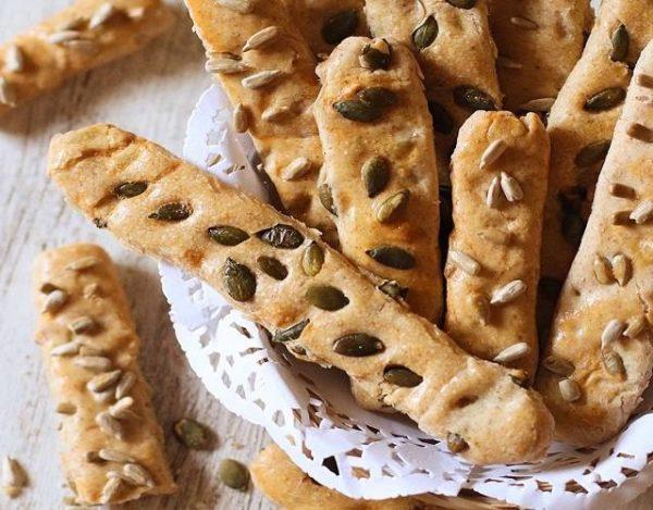 Palitos de pan con pipas