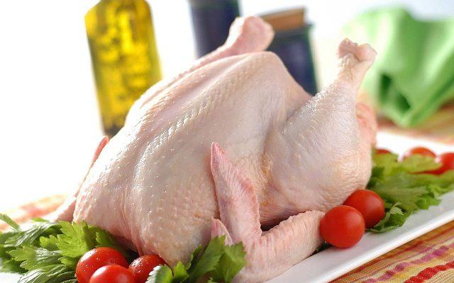 Pollo con tomate de la abuela