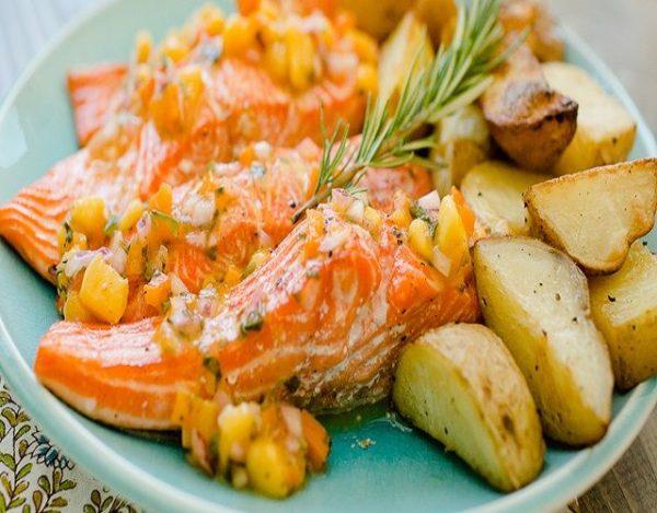 salmon al horno en salsa de cilantro