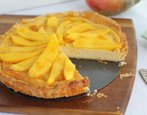 Tarta de mango con hojaldre
