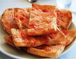 Tostada de tomate o pan