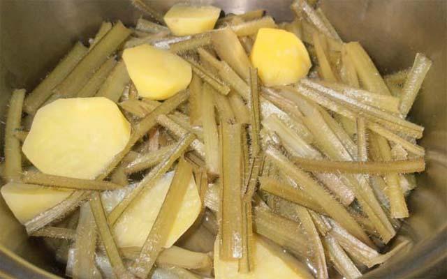 Borraja con patatas