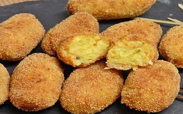 Croquetas de calabacín y queso