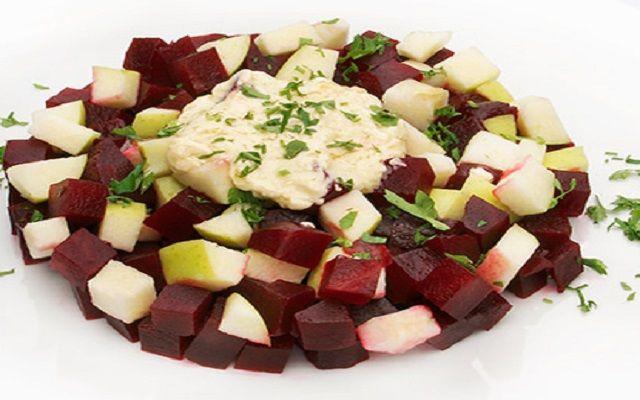 Ensalada de manzana y remolacha
