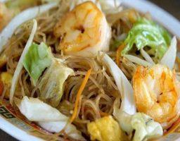 Fideos de arroz tres delicias