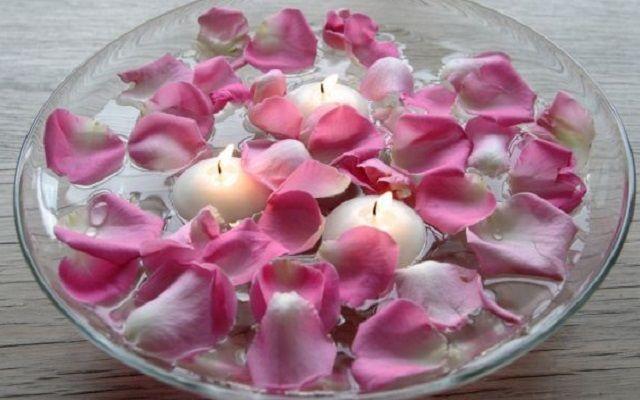 Licor de rosas casero