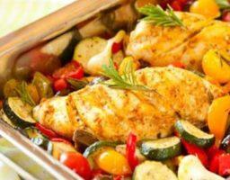 Pollo con verduras asadas