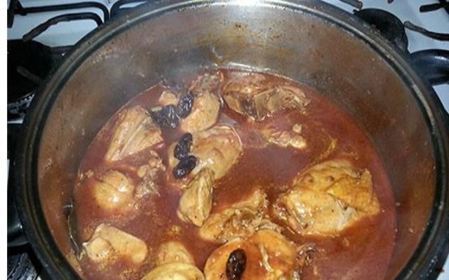 Pollo al vino tinto
