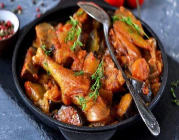 Pollo en salsa de regaliz