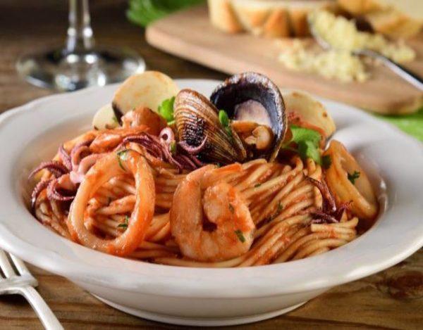 Espaguetis frutti di mare