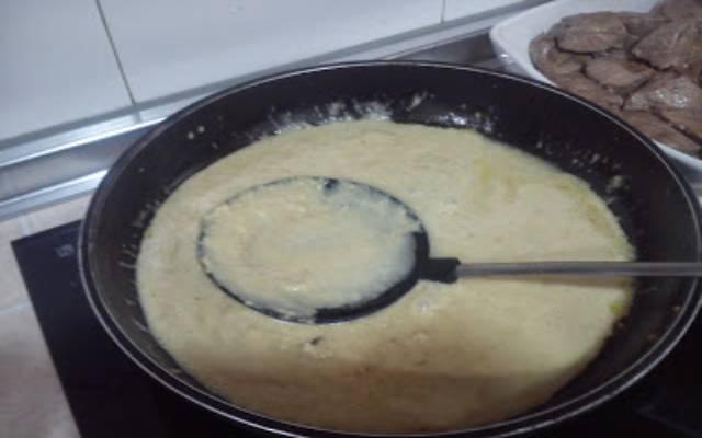 Atún con salsa de almendras
