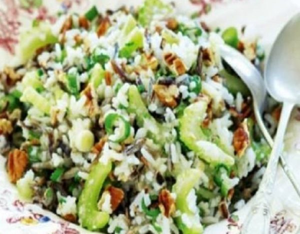 Ensalada de arroz con nueces
