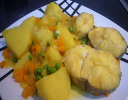 Merluza guisada con patatas