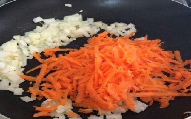 Merluza en salsa de zanahoria